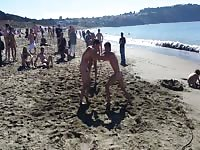 American amateurs are having fun together on the beach